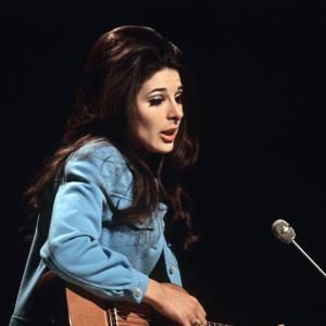 BBC TV series 1968 - Bobbie with guitar web