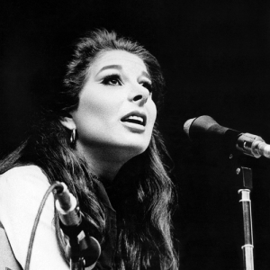 Bobbie live in 1968